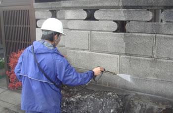 門や塀の洗浄