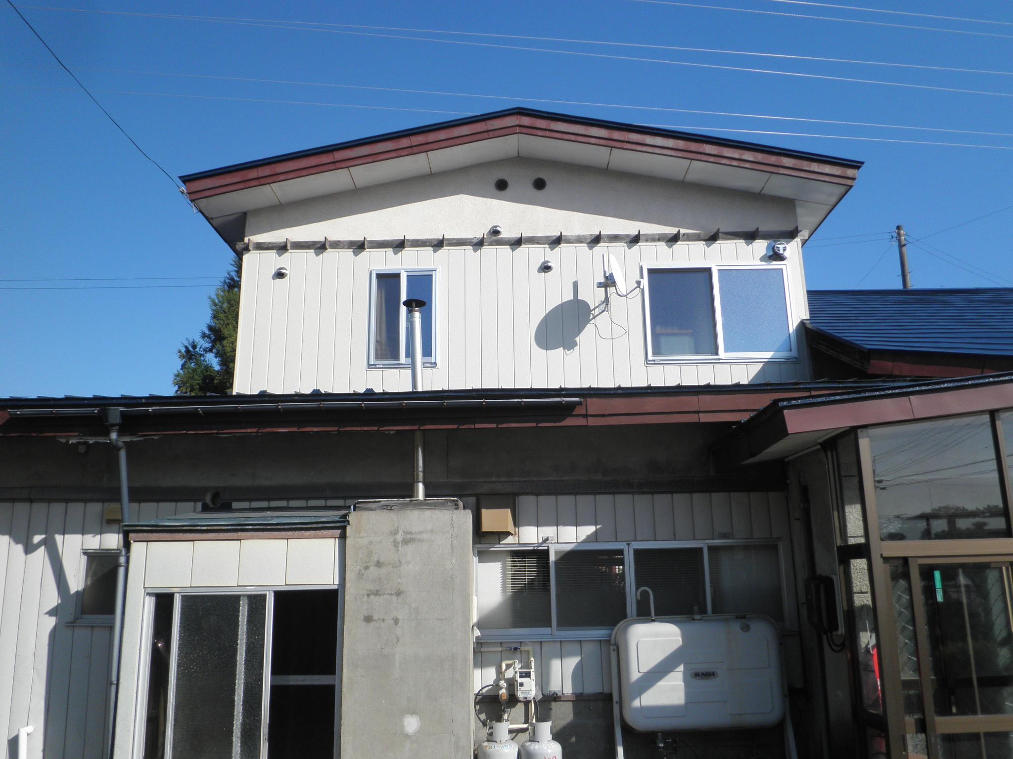 2階ベランダ→水廻り(キッチン・トイレ・シャワールーム)の増築